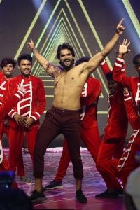 Hero Karthikeya Dance @ Hippi Movie Pre Release Event Stills