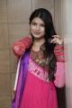 Isha Agarwal at Hiya Designer Jewellery Exhibition Photos