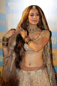 Actress Kriti Kharbanda @ Housefull 4 Trailer Launch Stills