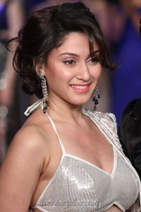 Manjari Fadnis @ Hyderabad International Fashion Week 2013 Day 1 Stills