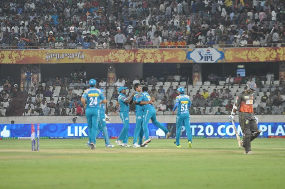 Sunrisers Hyderabad & Pune Warriors IPL Cricket Match Photos