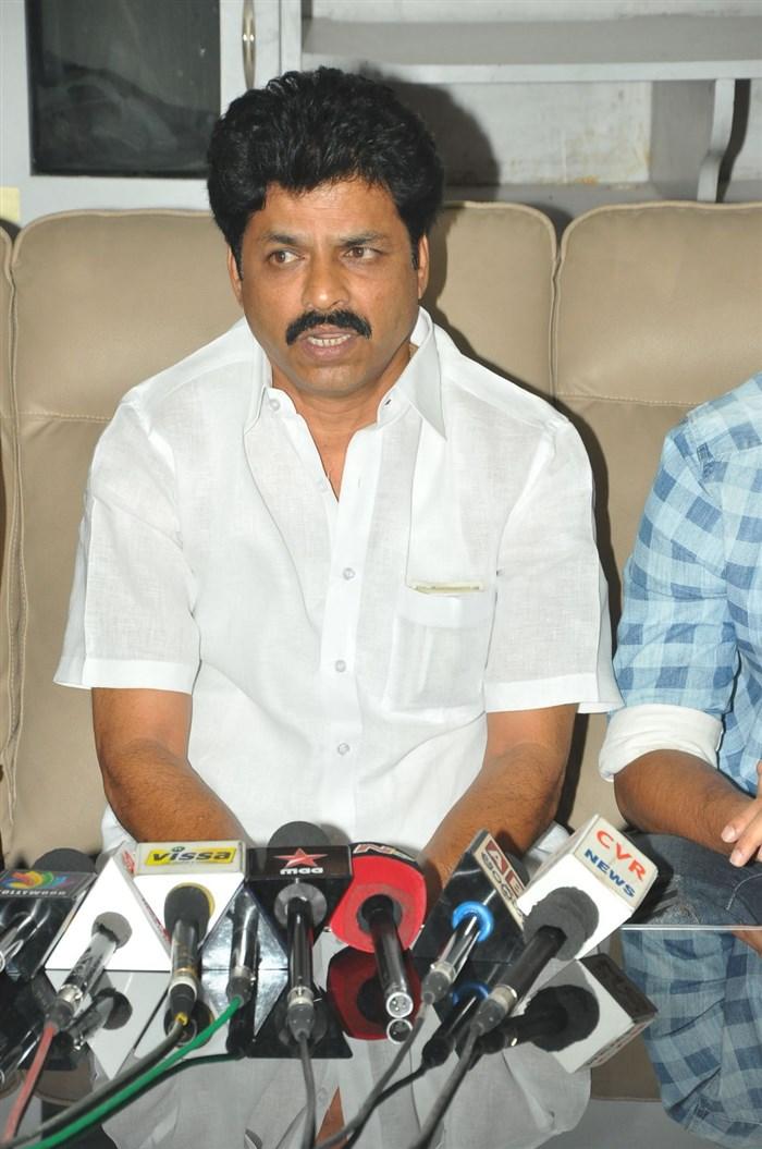 Shivaraj Patil @ Iddari Madhya 18 Press Meet Stills