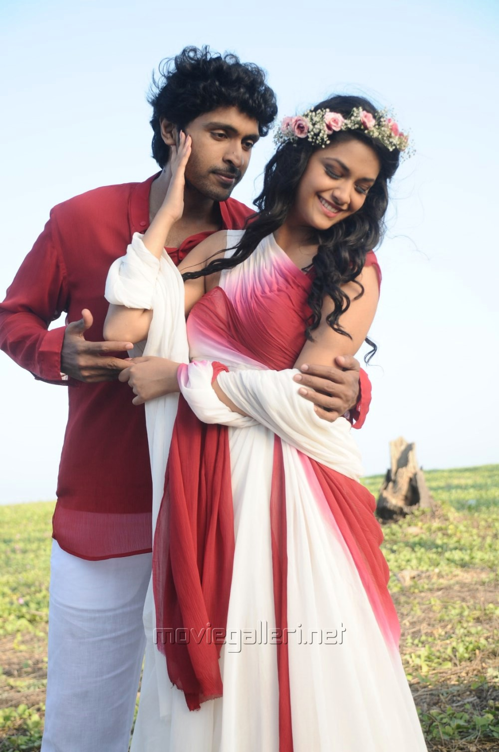 picture 848903 vikram prabhu keerthi suresh in idhu enna maayam tamil movie stills new