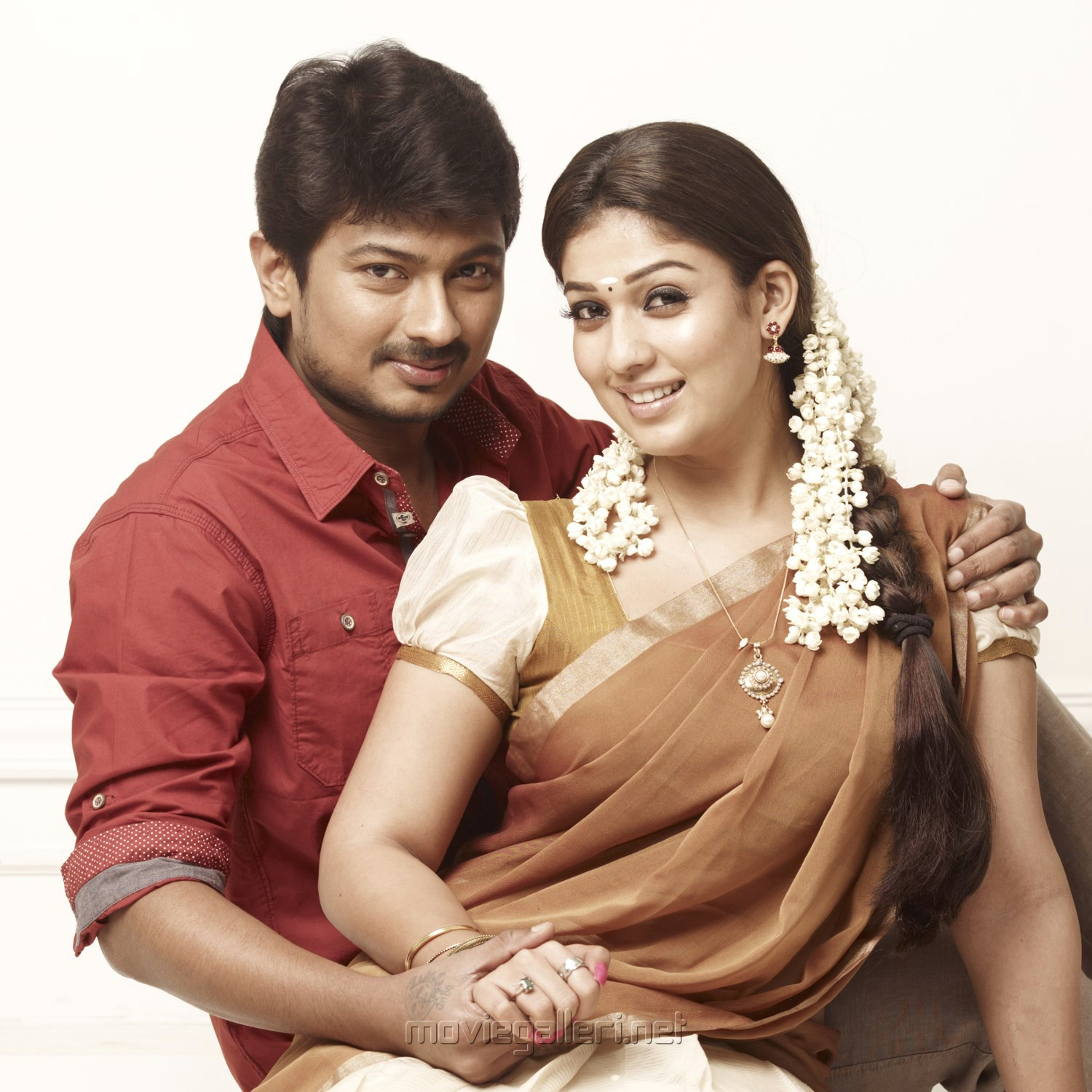 Udhayanidhi Stalin, Nayanthara in Idhu Kathirvelan Kadhal Movie Stills