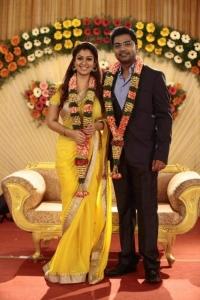 Nayanthara, Simbu in Idhu Namma Aalu Movie Latest Pics