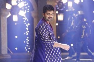 Hero Simbu in Idhu Namma Aalu Movie Latest Pics