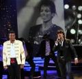 Sonu Nigam,  Jermaine Jackson @ IIFA Rocks 2011 Event Stills