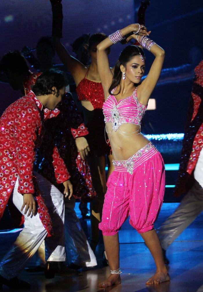 Mallika Sherawat @ IIFA Rocks 2011 Event Stills