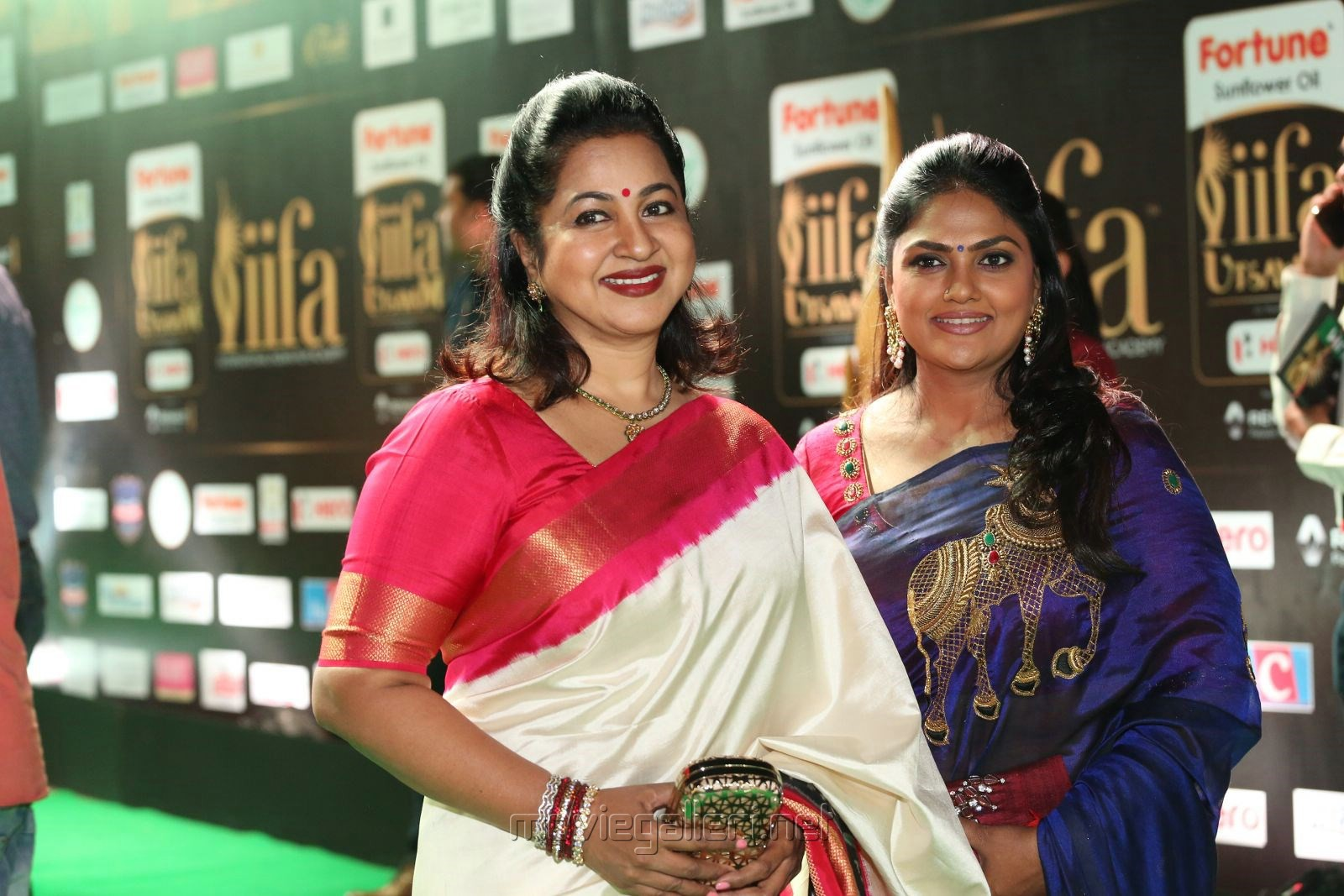 Radhika, Nirosha @ IIFA Utsavam 2017 Green Carpet (Day 1) Photos