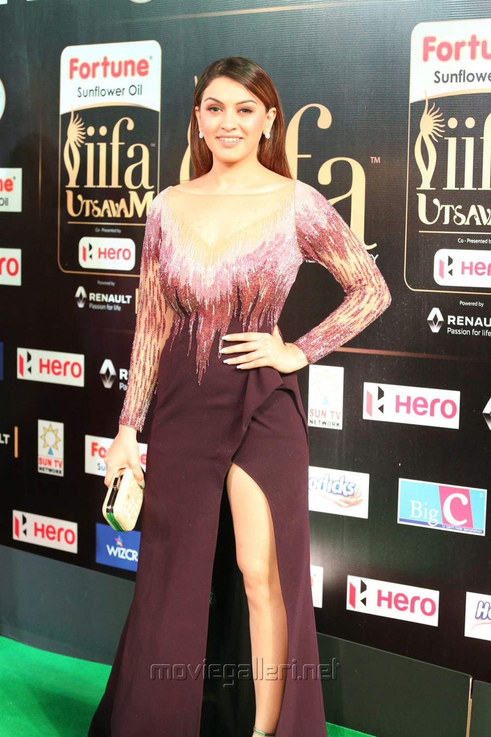 Actress Hansika Motwani @ IIFA Utsavam 2017 Green Carpet (Day 1) Photos