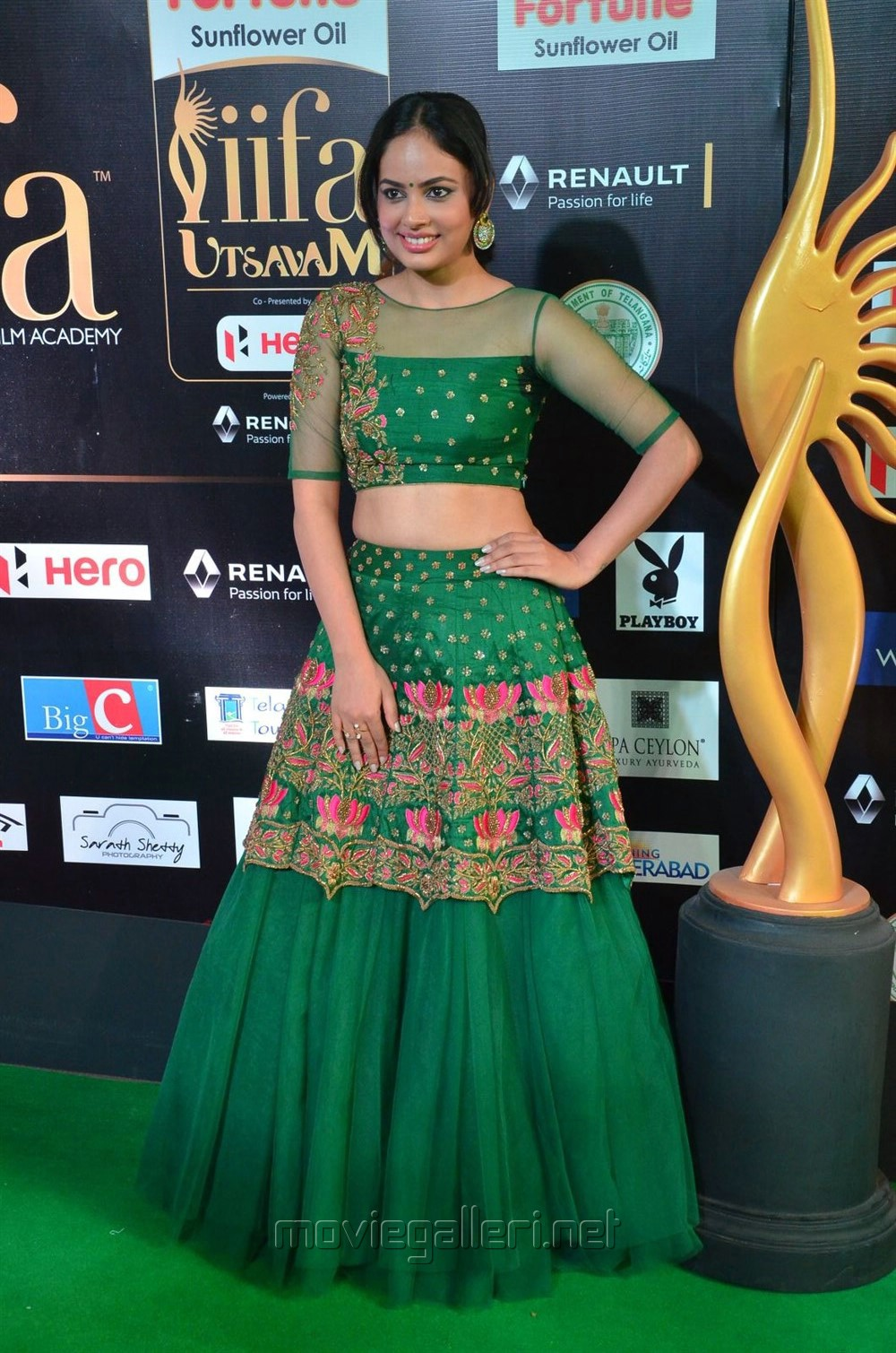 Actress Nandita Swetha @ IIFA Utsavam 2017 Green Carpet (Day 1) Photos