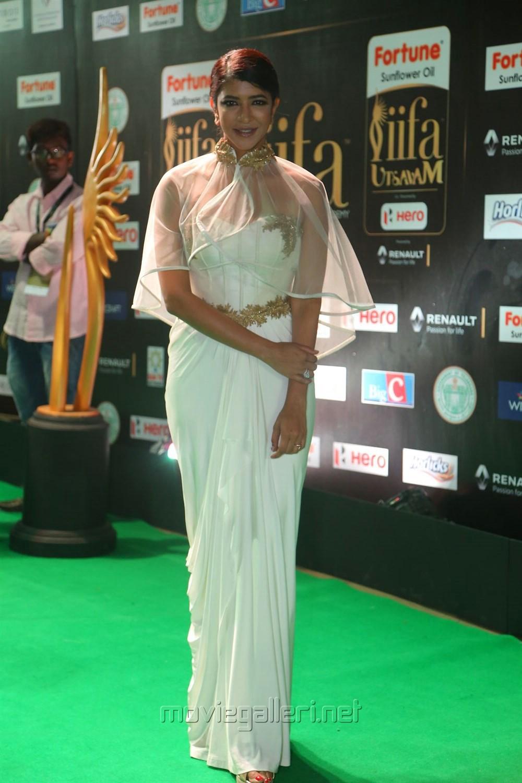 Actress Manchu Lakshmi Prasanna @ IIFA Utsavam 2017 Green Carpet (Day 2) Pictures