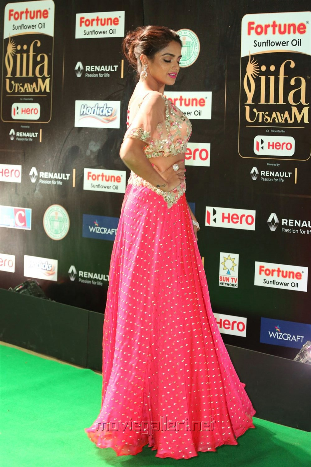 Actress Asmita Sood @ IIFA Utsavam 2017 Green Carpet (Day 2) Pictures