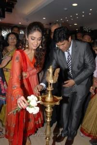 Ileana Inaugurates Forever Jewellery in Hyderabad