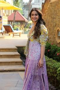 Actress Ileana D'Cruz New Pics @ Pagalpanti Movie Promotions