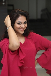 Tamil Actress Indhuja HD Images