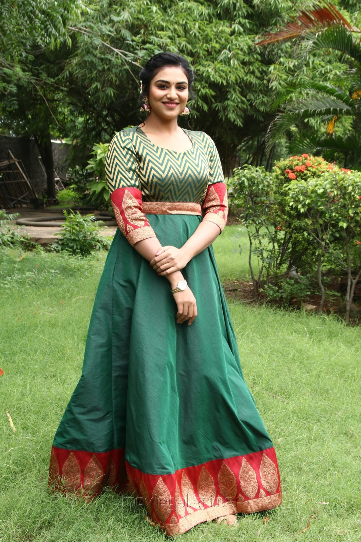 Magamuni Movie Actress Indhuja Ravichandran New Photos