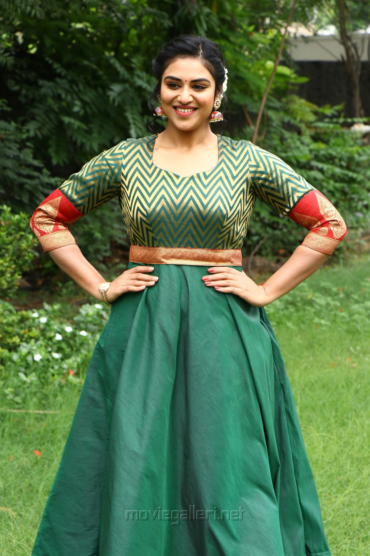Actress Indhuja New Photos @ Magamuni Movie Press Meet