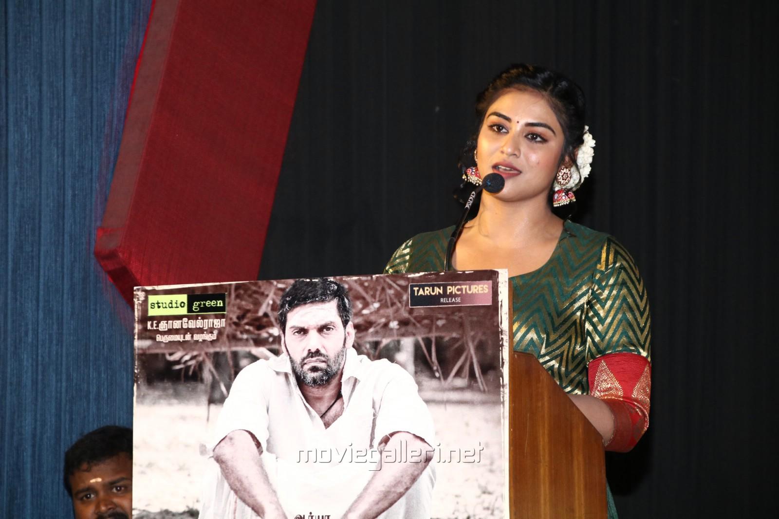 Actress Indhuja New Photos @ Magamuni Movie Press Meet