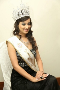 Indian Princess 2014 Winner Chandni Sharma Press Meet Stills