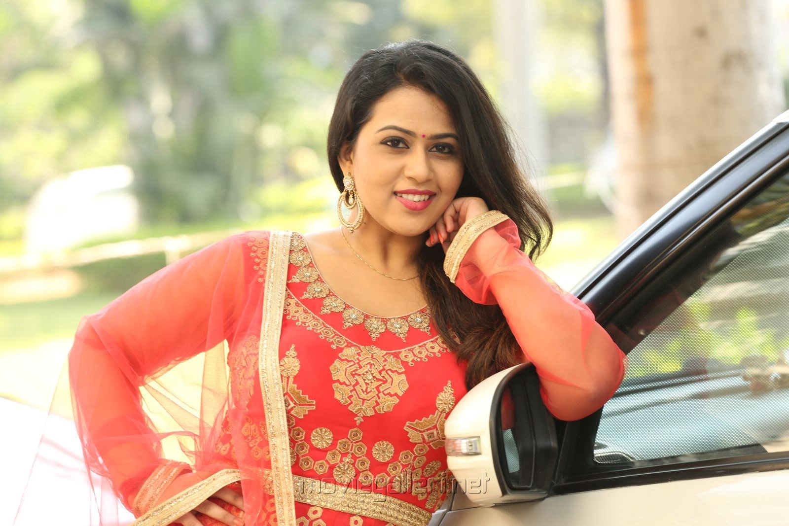 Indrasena Movie Heroine Diana Champika Interview Pictures