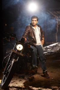 Santhanam in Inimey Ippadithaan Movie Stills
