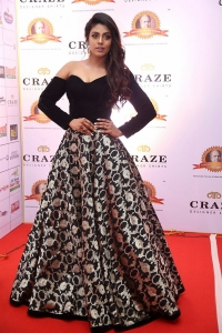 Tamil Actress Iniya New Photos