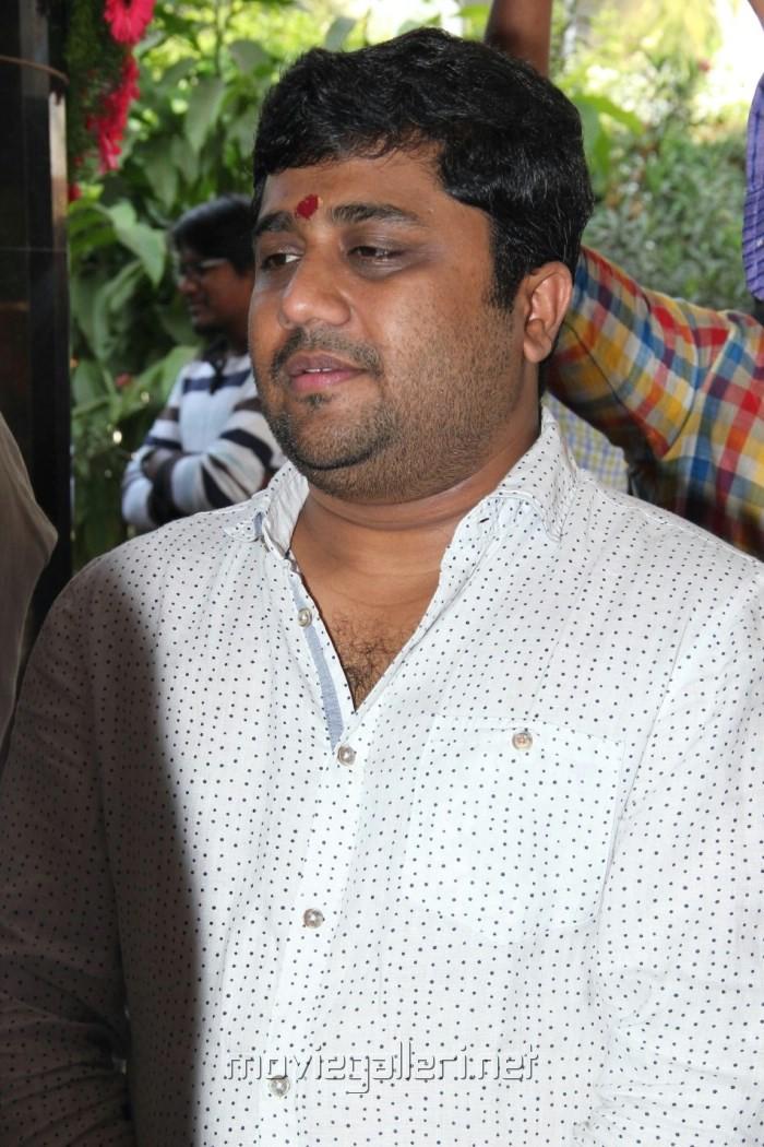 KE Gnanavel Raja @ Inji Idupazhagi Movie Pooja Stills