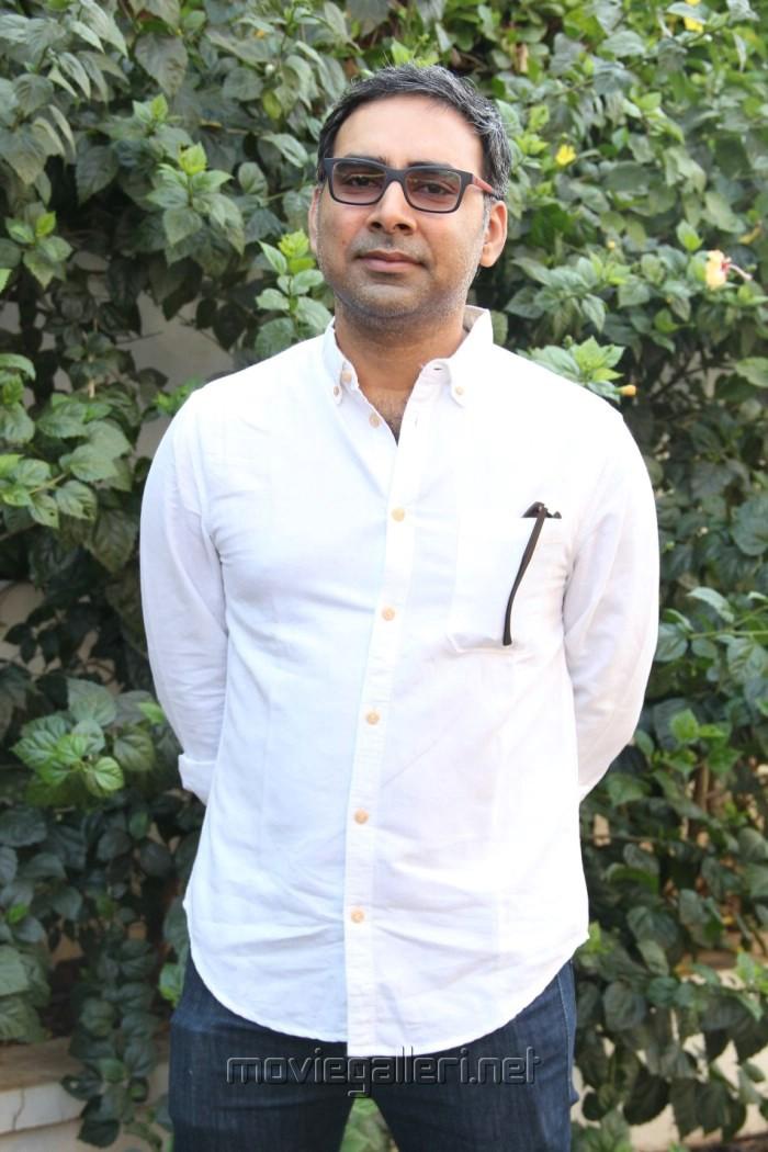 Director K.S.Prakash @ Inji Idupazhagi Movie Pooja Stills