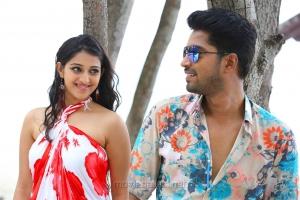 Mouryaani, Allari Naresh in Intlo Deyyam Nakem Bhayam Movie Stills