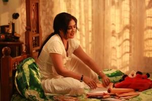 Actor Kamalinee Mukherjee in Iraivi Movie Photos