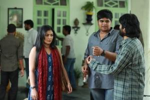 Kamalinee Mukherjee, Karthik Subbaraj, SJ Surya @ Iraivi Movie Working Stills