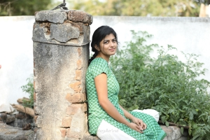Actress Anandhi in Irandam Ulaga Porin Kadaisi Gundu Movie Stills HD
