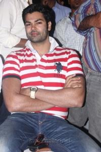 Ganesh Venkatraman at Irandam Ulagam Audio Launch Stills