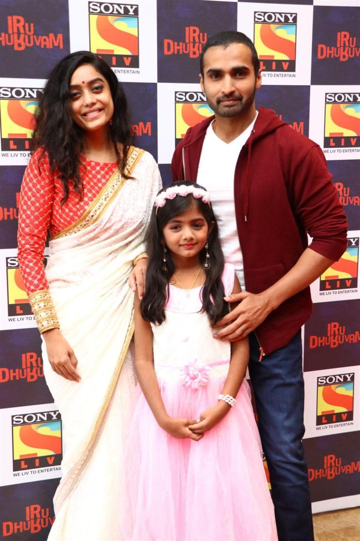 Abhirami Venkatachalam, Nandha Durairaj @ Sony LIV Iru Dhuruvam Web-Series Launch Photos