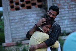 Santhosh Prathap, Archana in Irumbu Manithan Movie Stills