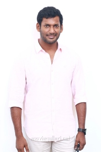 Actor Vishal @ Irumbu Thirai Success Meet Stills