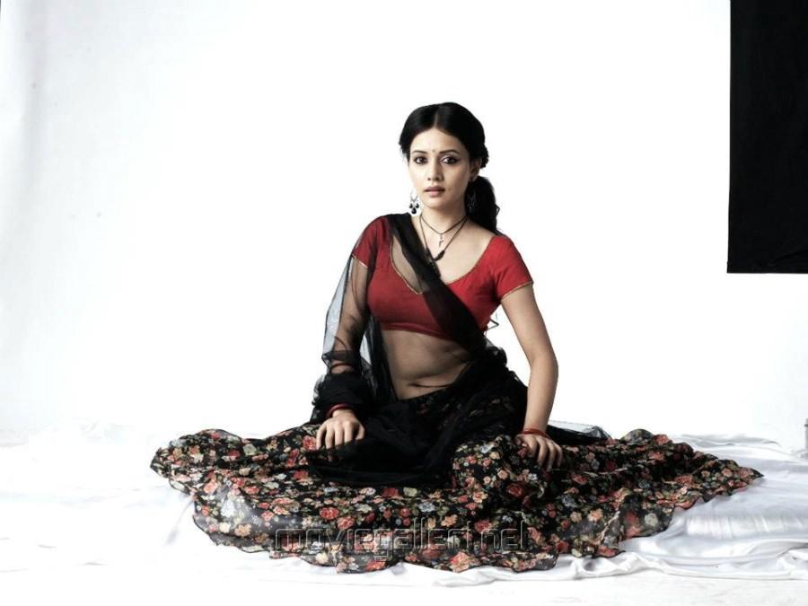 Isai Movie Actress Savithri Hot Photo Shoot Stills