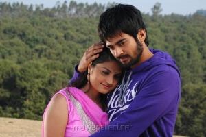 Saran Kumar, Madhulika in Isakki Movie Stills