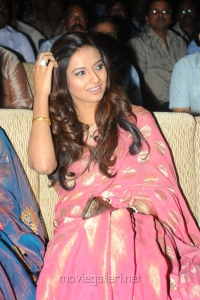 Telugu Actress Isha Chawla in Saree Latest Photos