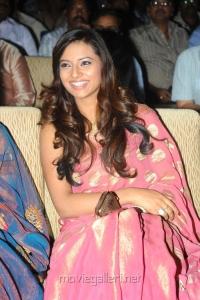 Telugu Actress Isha Chawla Saree Latest Stills