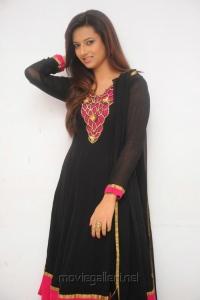 Cute Isha Chawla in Black full sleeves Salwar Kameez