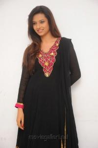 Cute Isha Chawla Stills in Black Salwar Kameez