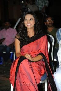 Isha Chawla Cute Saree Stills
