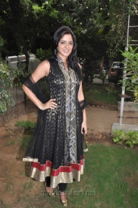 Actress Parvati Nirban at Ishtam Movie Team Interview Stills