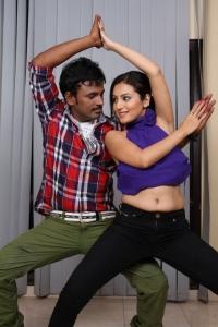 Anu Smruthi, Bhaskar in Ista Sakhi Movie Stills