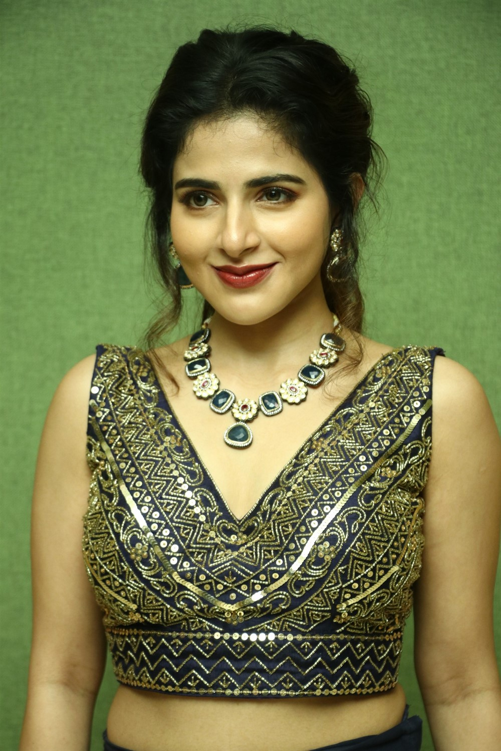 Actress Iswarya Menon Pics @ Naan Sirithal Audio Launch