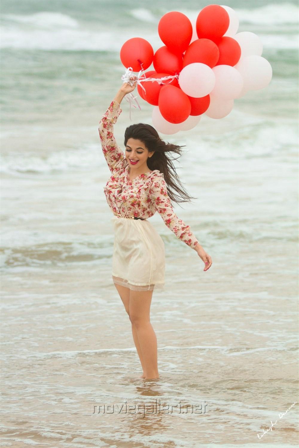 Tamil Actress Iswarya Menon New Hot Portfolio Pictures