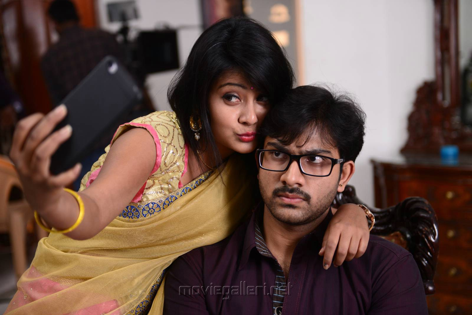 Shubhangi Pant, Sree Karthikeya in Itlu Anjali Movie Photos