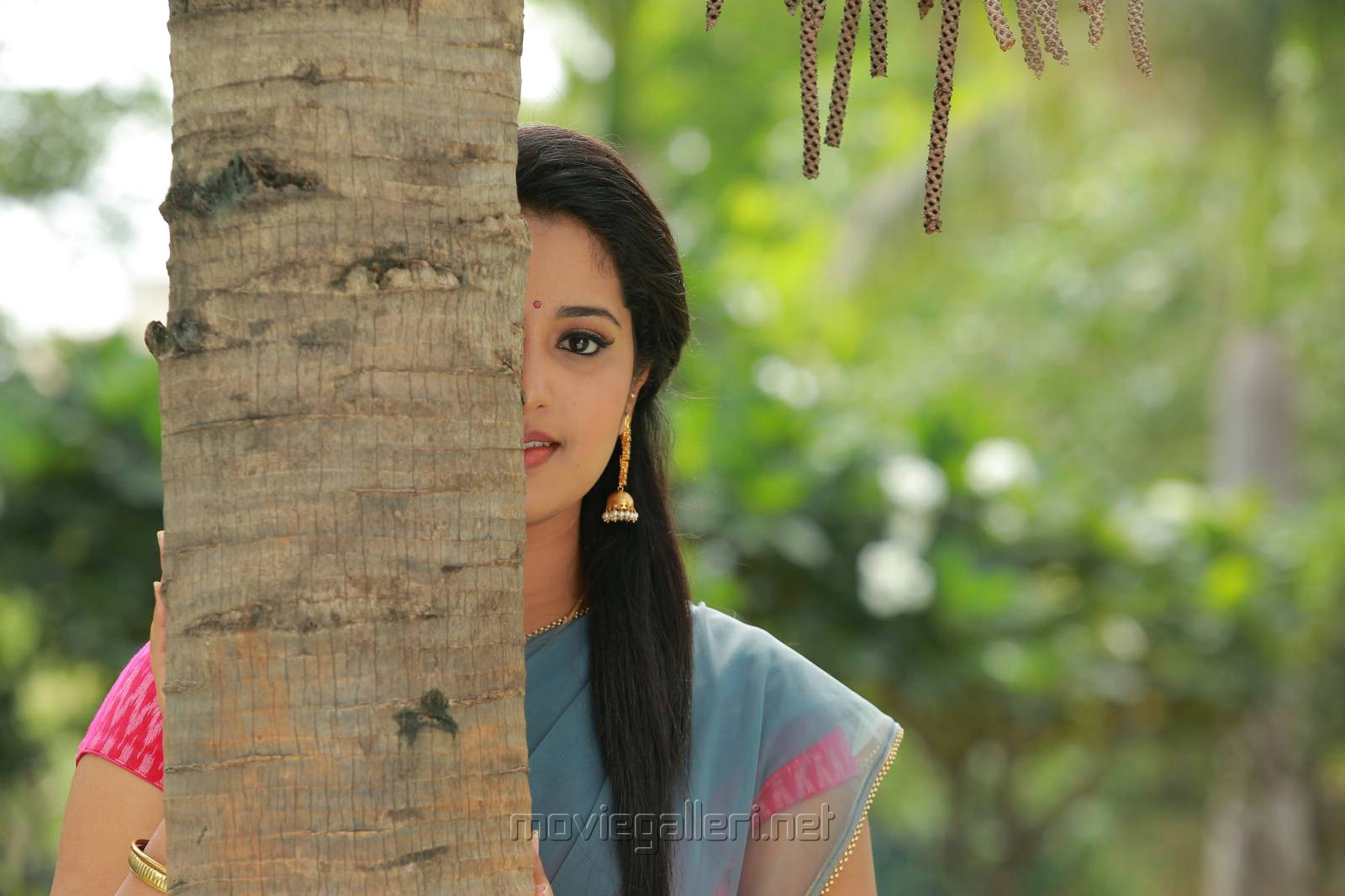 Actress Himansee in Itlu Anjali Movie Photos